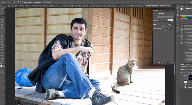 merge photos realistically in Photoshop